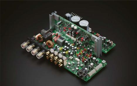 Hi-Fi качество из компактного корпуса
